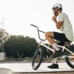 Conheça fatos e informações interessantes sobre BMX: as modalidades e os diferentes acessórios usados nas bikes de cada uma.