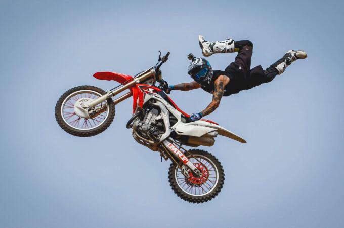 Freestyle Motocross: confira tudo sobre esse esporte radical
